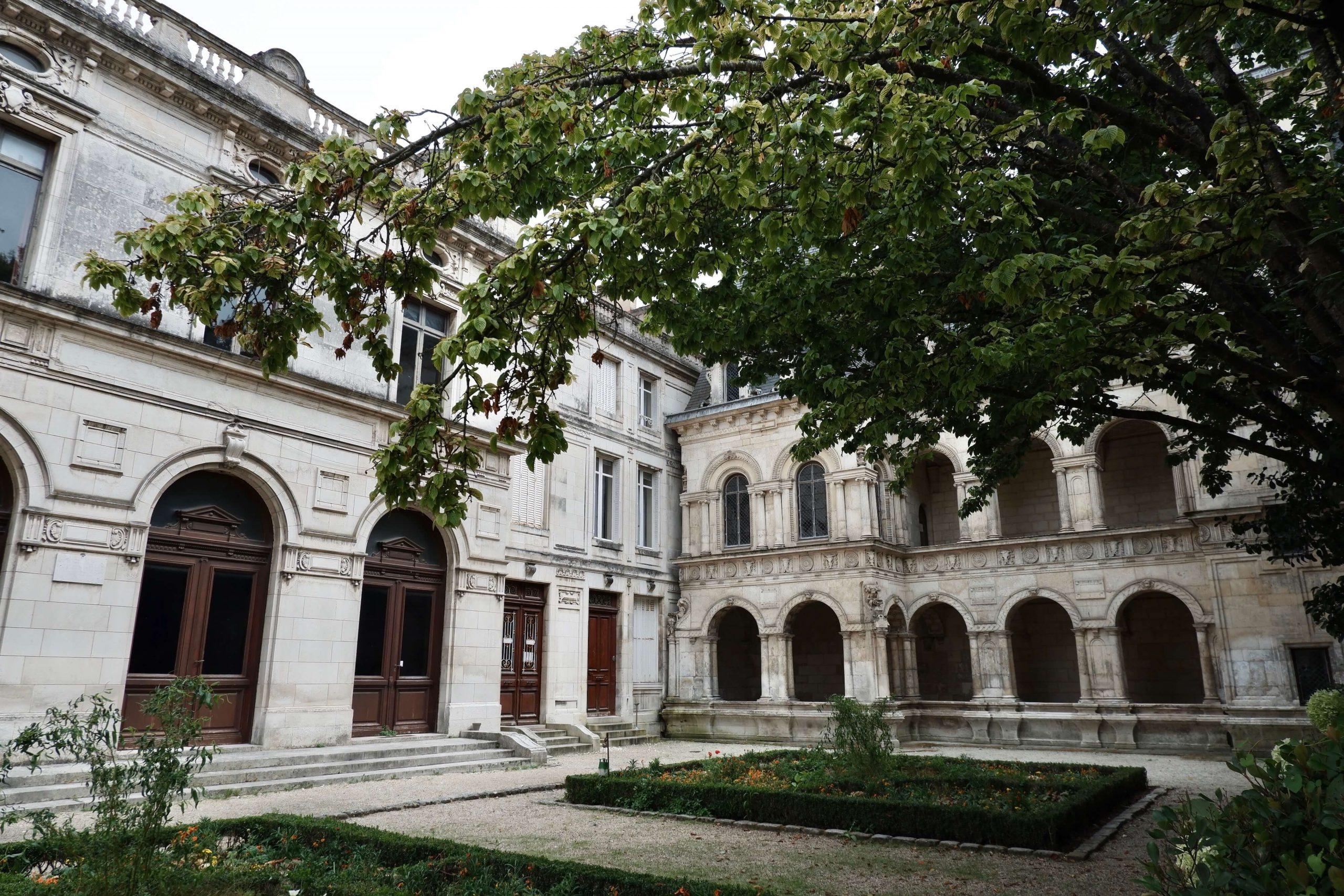 Maison Henri II façade