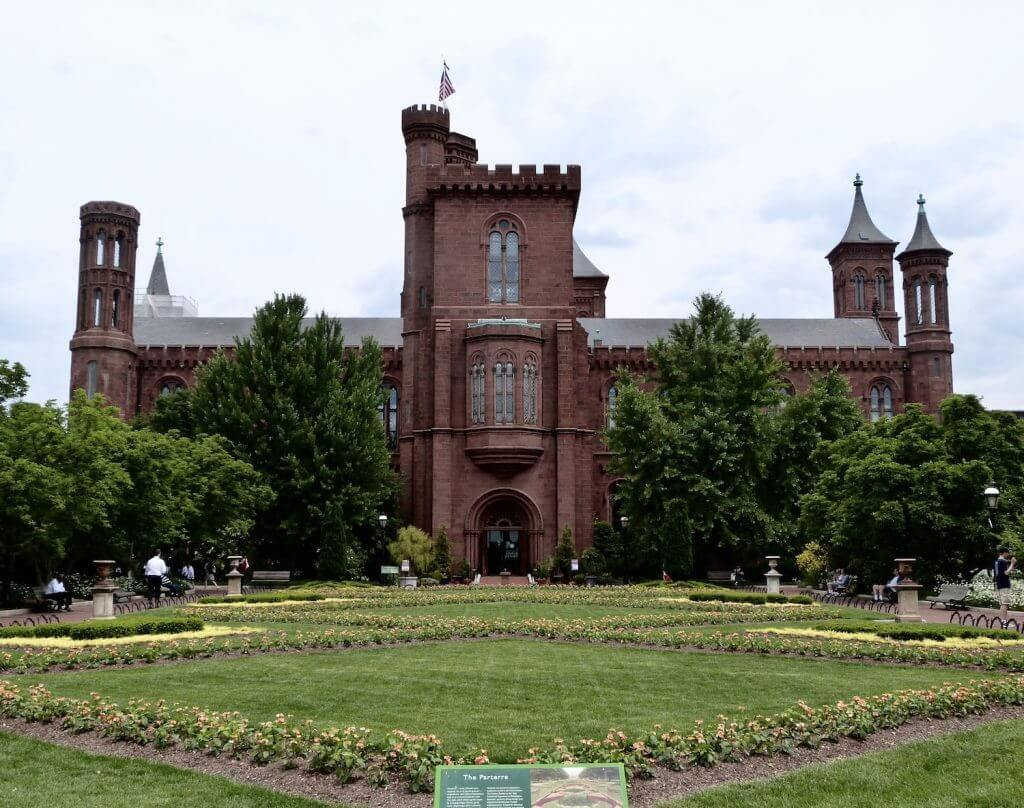 Smithsonian Castle Washington