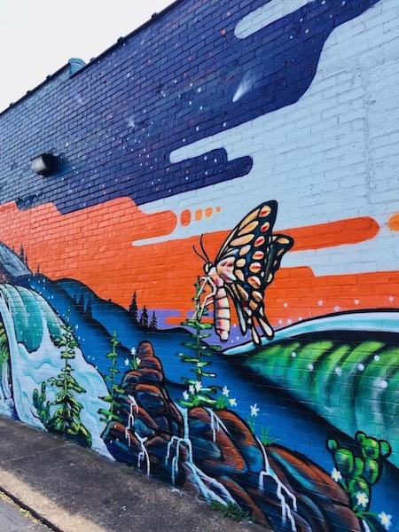 500 Gallatin Avenue Mural