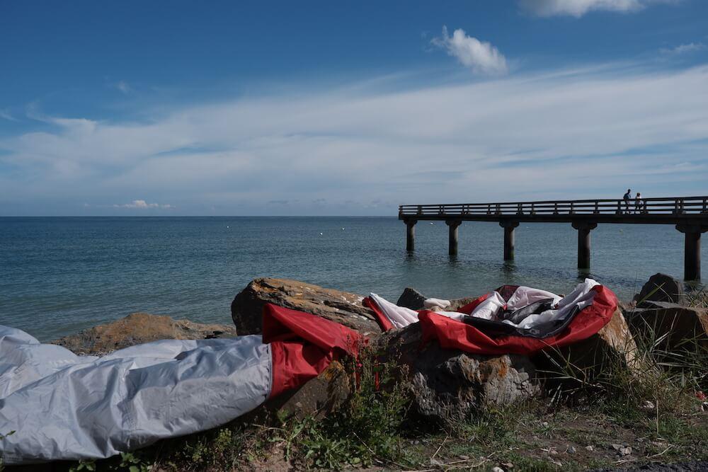 Tente qui sèche et ponton Omaha Beach